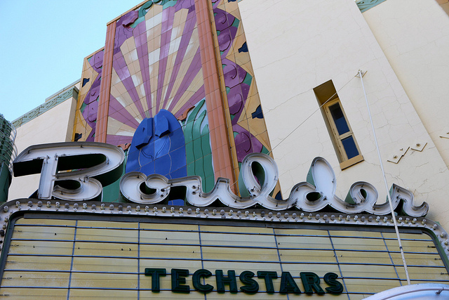 shelbytv :     Another  Techstars  Boulder Demo Day has arrived. Good luck to everyone presenting today — we'll be rooting for you!    Check out the companies:    VerbalizeIT -  http://www.verbalizeit.com    RollSale -  http://www.rollsale.com    DigitalOcean -  http://www.digitalocean.com    27Perry -  http://www.27perry.com    DealAngel -  http://www.dealangel.com    Roximity -  http://www.roximity.com    BirdBox -  http://birdbox.com    SalesLoft -  http://www.salesloft.com    MobiPlug -  http://www.mobiplug.co    PivotDesk -  http://www.pivotdesk.com    Ubooly -  http://www.ubooly.com
