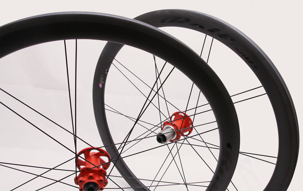 Rogue River Red hubs, Obsidian Black decals