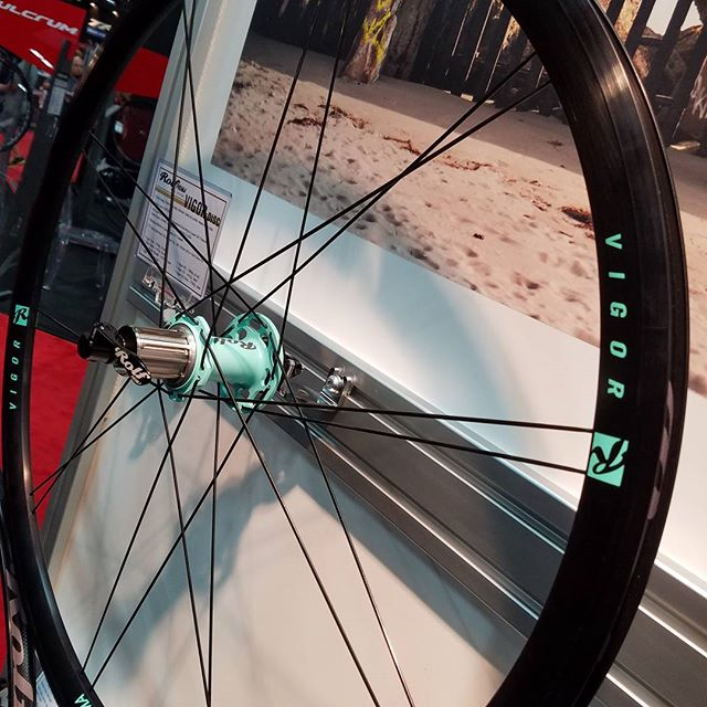 Our new Oregon Springs Mint on the Vigor Disc .... for our Bianchi riders @interbike @bianchi #bianchi #celeste #interbike #customwheels #builtrighthere