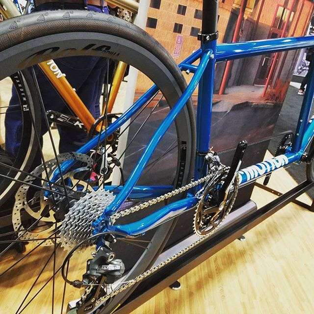 Spotted the new Tandem Stealth on a sweet Commotion Tandem @interbike @co_motionbikes #interbike #madeintheusa #builtrighthere #stealthwheels #showbike #tandembike