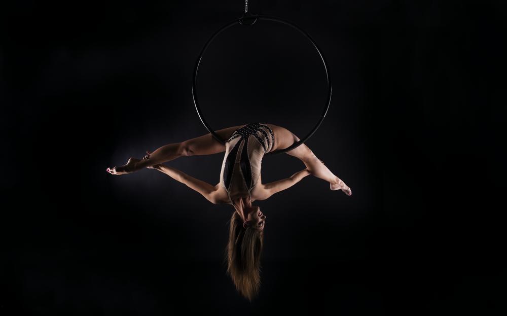 aircandy.de - Aerial hoop - Luftring - luftkakrobatik showact