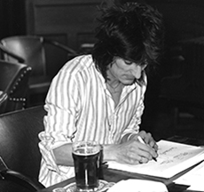 Ron Wood signing Starart