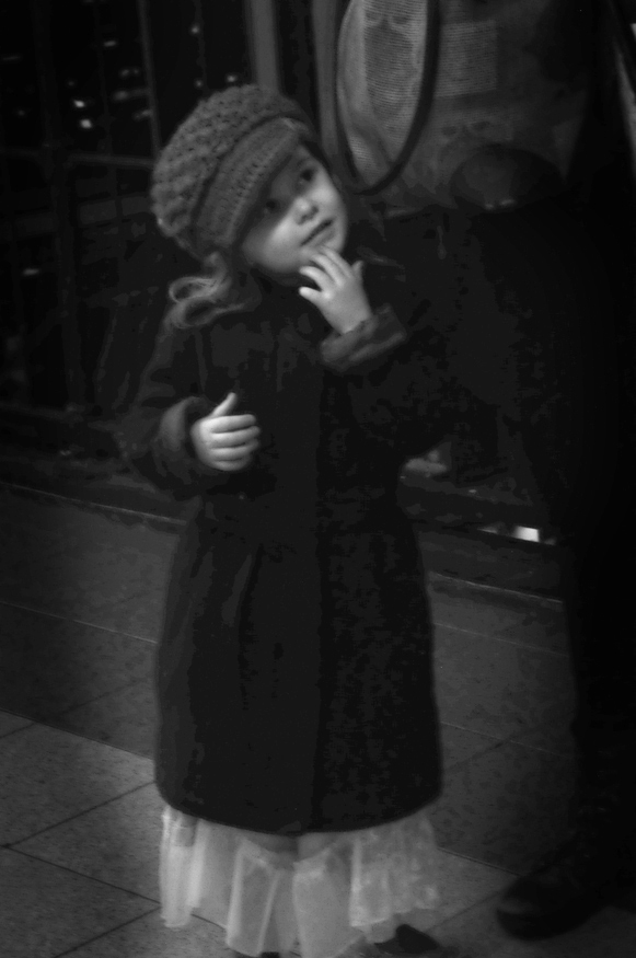 Girl_7347©ChesherCat.jpg