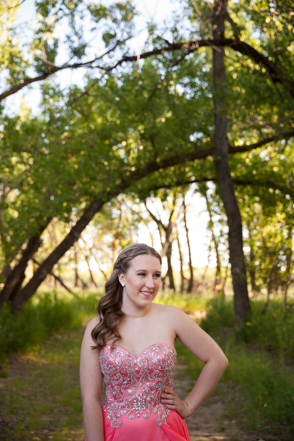 Medicine Hat Grad Photography, Medicine Hat Photography, Grad Photos Medicine Hat, Saskatchewan Grad Photography