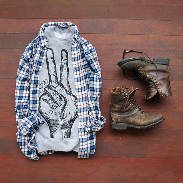 The basics.  #JAMESBARRETTCO #ootd #mensfashion #menswear #PeaceCrew #Winterwear #Style #Fashion #Apparel #Crew #Peace #Flannel #Boots #outfit #goodvibes