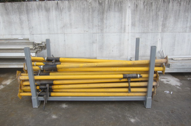 Post Shoring Screw Jacks : Balmer bros retirement online only auction day of