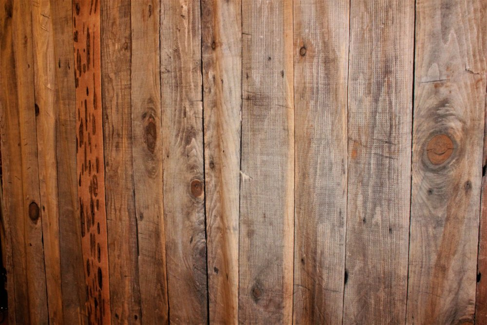 RUSTIC FAUX WOOD