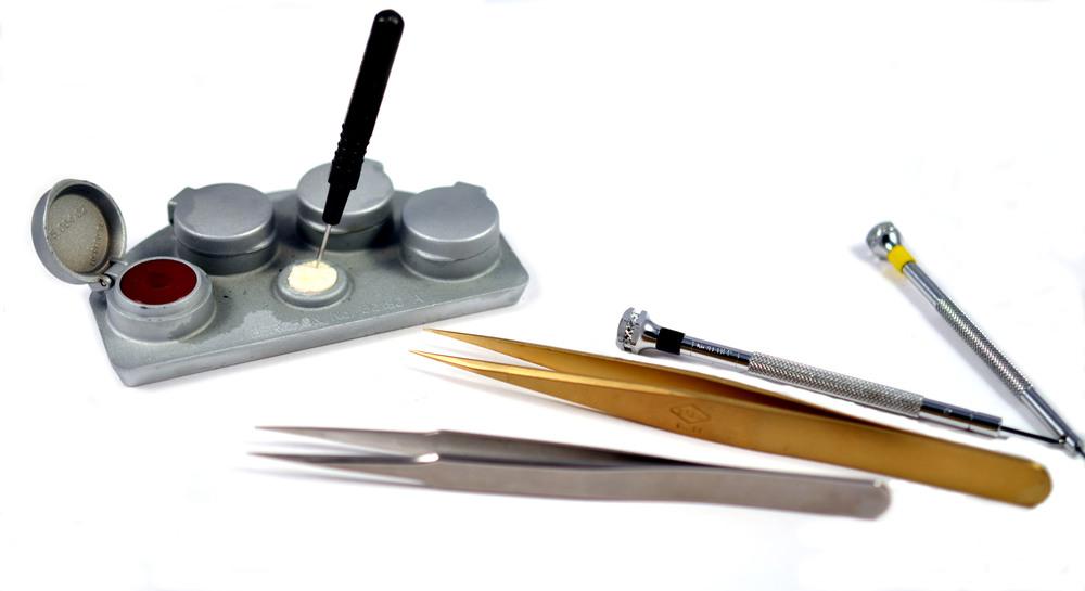 Iterum watchmaker tools