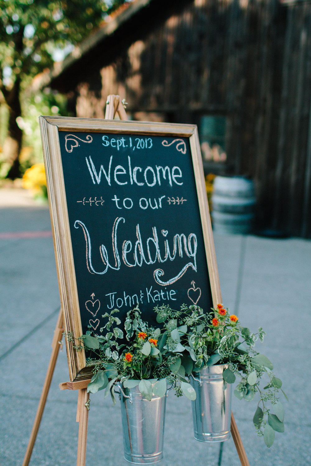 Jess Hunter Photography, Jessica Hunter, Seattle wedding photographer, washington state wedding photographer, rustic wedding, farm wedding, north florida wedding photographer, elopement photography, rustic wedding decor, barn wedding decor, chalkboard wedding signage