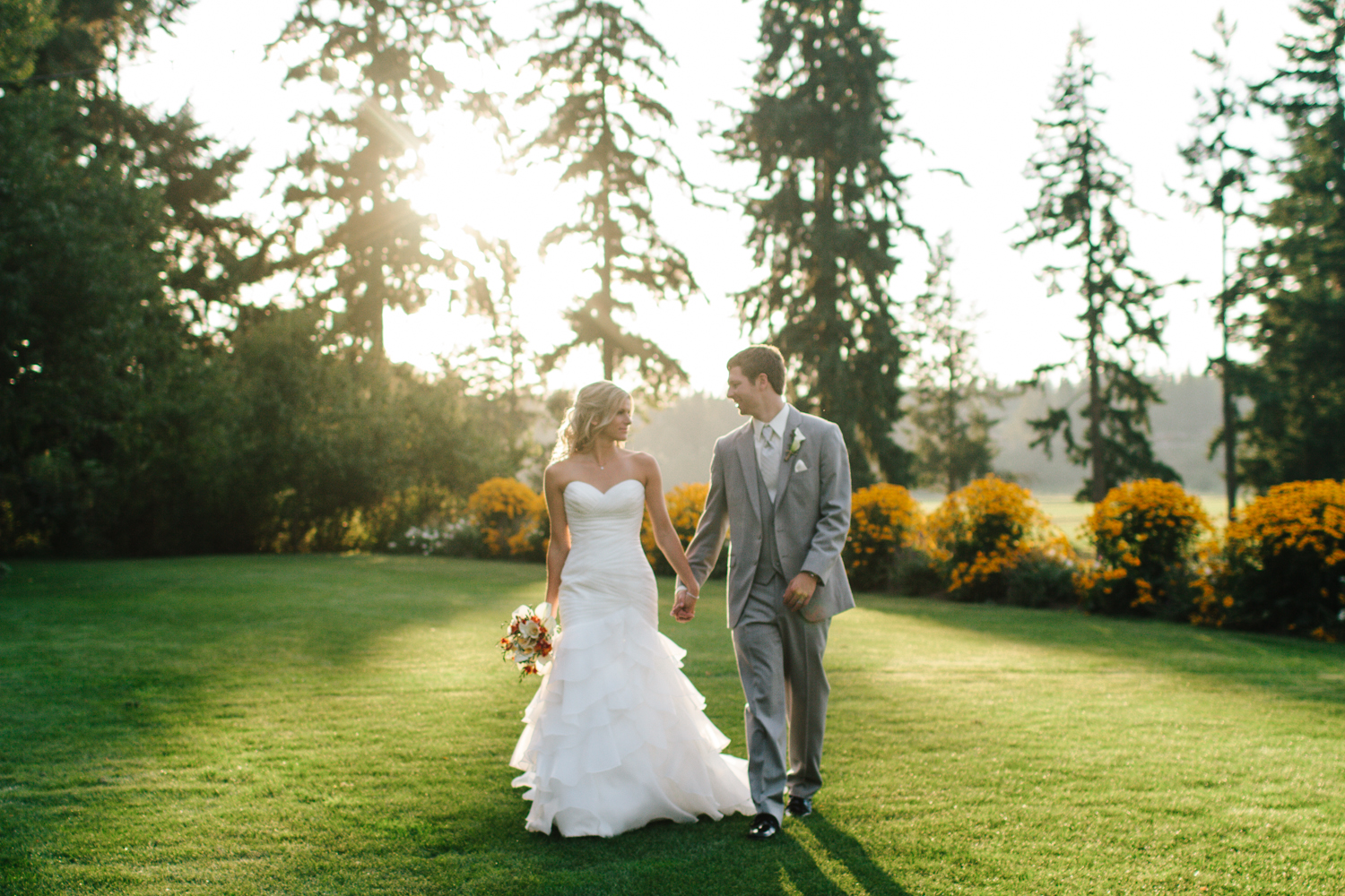Jess Hunter Photography, Jessica Hunter, Seattle wedding photographer, washington state wedding photographer, rustic wedding, farm wedding, north florida wedding photographer, elopement photography, bride and groom portraits outdoors, grooms ring