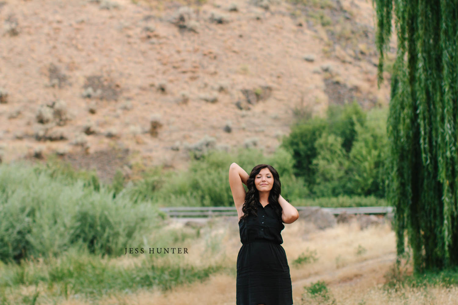 Yakima Senior Portrait Photographer // Seattle Wedding Photograp