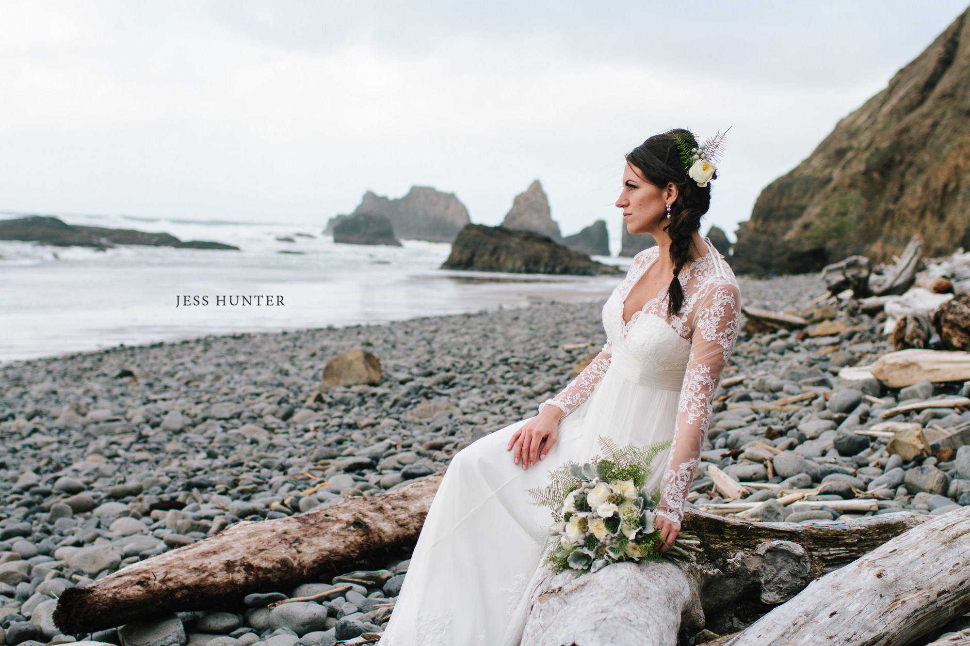 Jess Hunter Photography, Seattle wedding photographer, Oregon coast wedding, wedding on the beach, Portland wedding photographer