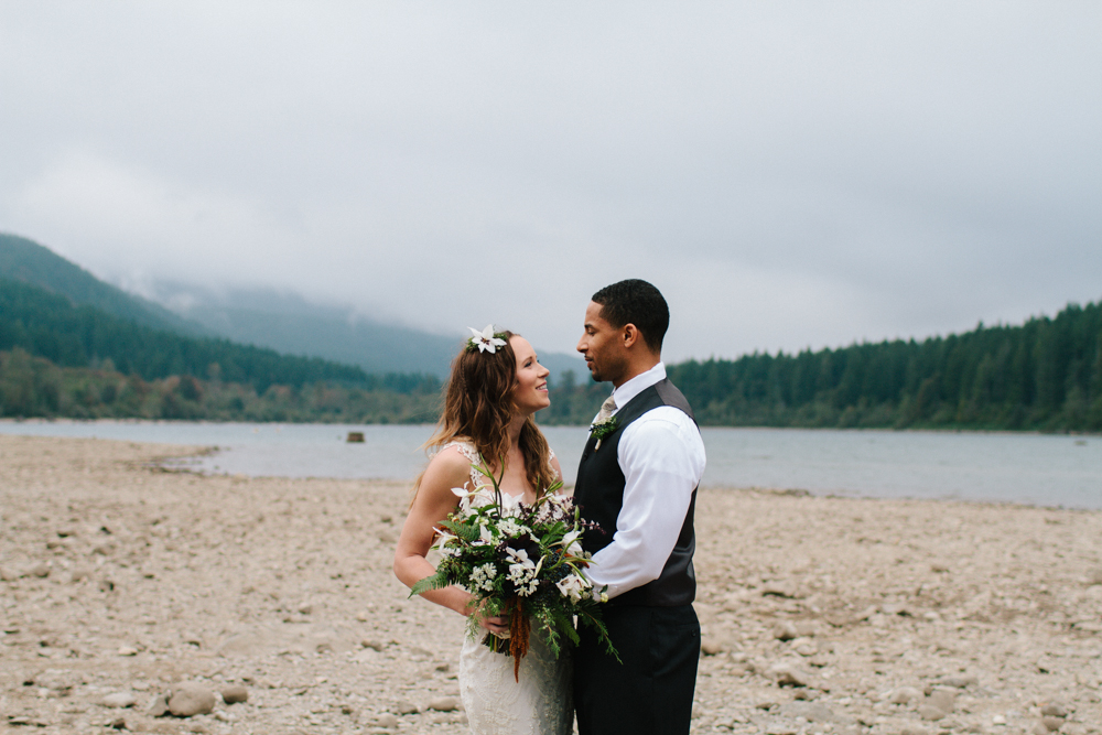 Jess-Hunter-Photography-Seattle-wedding-elopement-photographer-forest-wedding-2897.jpg