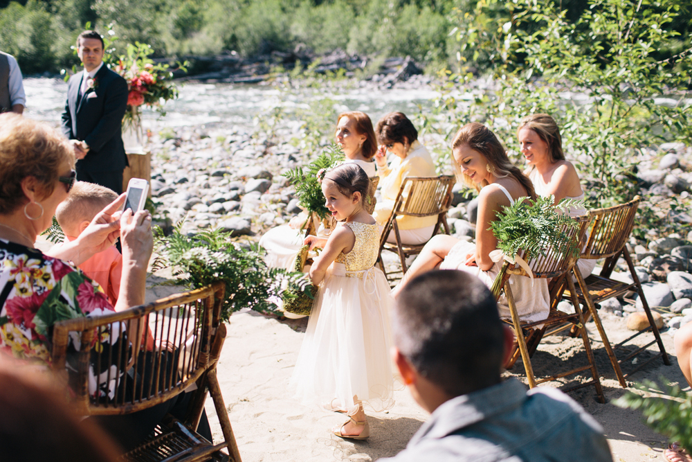 jess-hunter-photography-seattle-mountian-elopement-intimate-wedding-alaska-wedding-38.jpg