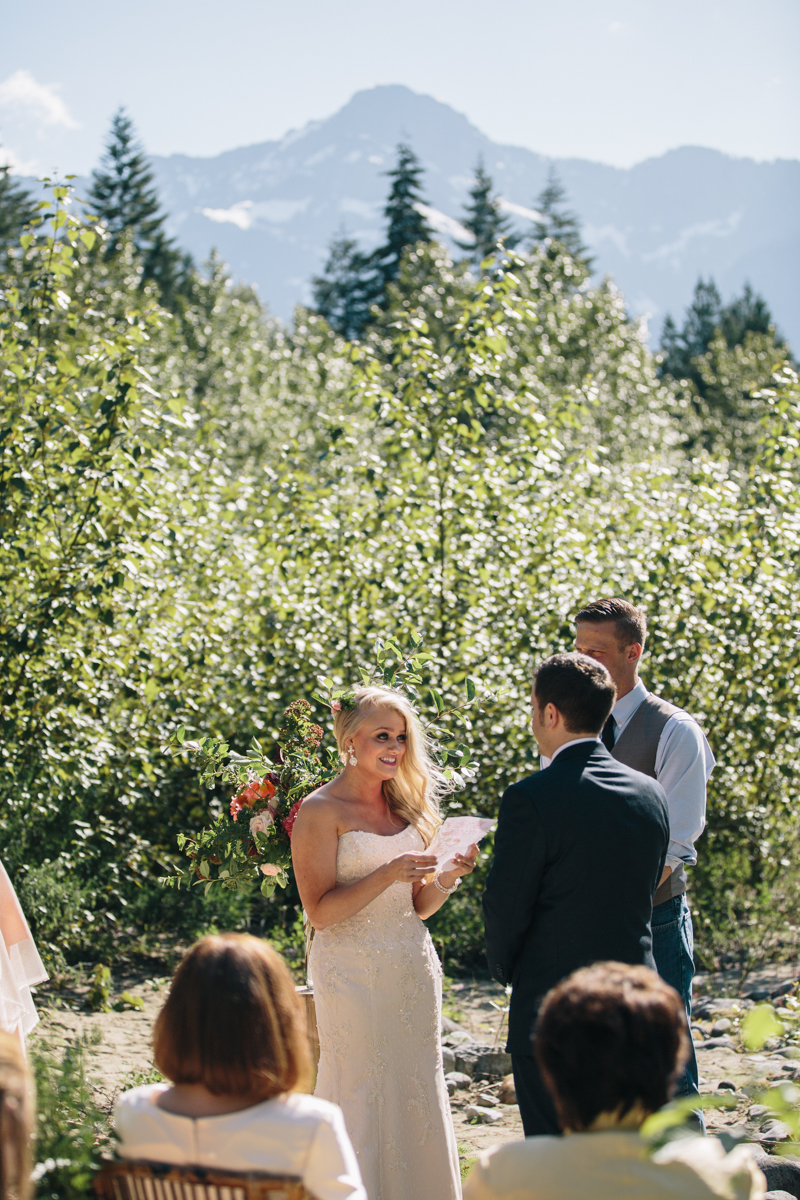 jess-hunter-photography-seattle-mountian-elopement-intimate-wedding-alaska-wedding-41.jpg
