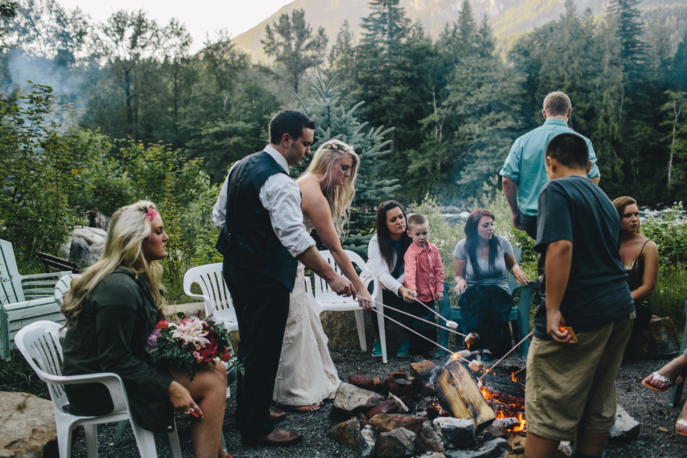 jess-hunter-photography-seattle-mountian-elopement-intimate-wedding-alaska-wedding-85.jpg