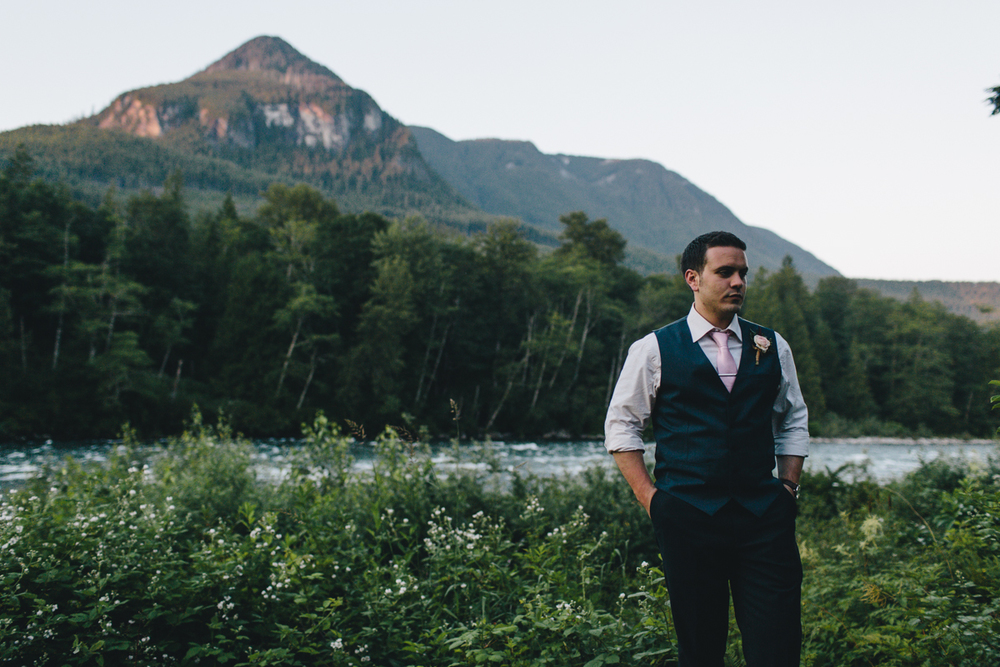 jess-hunter-photography-seattle-mountian-elopement-intimate-wedding-alaska-wedding-92.jpg