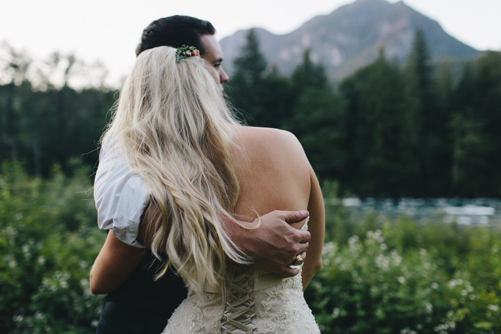 jess-hunter-photography-seattle-mountian-elopement-intimate-wedding-alaska-wedding-97.jpg