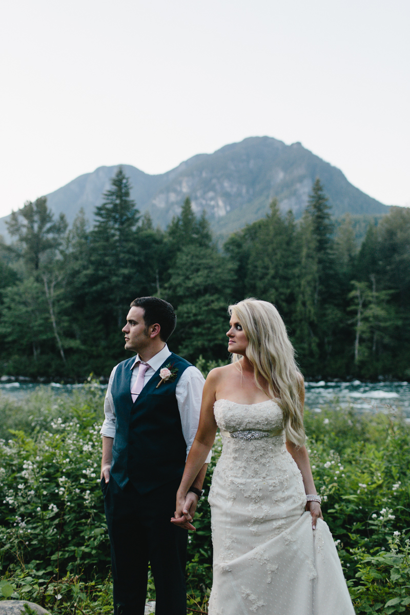 jess-hunter-photography-seattle-mountian-elopement-intimate-wedding-alaska-wedding-99.jpg