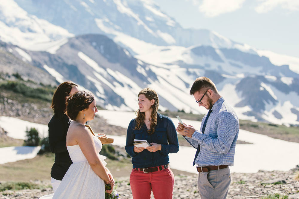 Jess Hunter photography, Seattle mountain elopement photographer, Mt. Rainier elopement in Washington state, epic wedding locations, best elopement photography, Pacifc Northwest wedding, adventurous elopement, hiking in a wedding dress, Mt. Rainier national park elopement