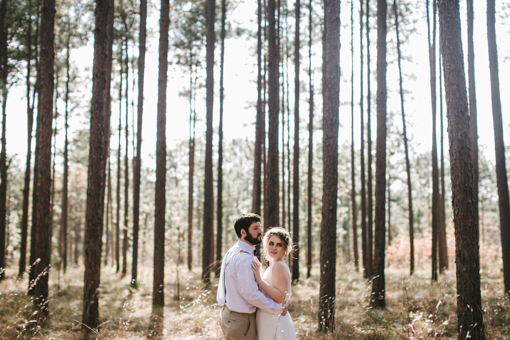Southern wedding at Quail's Landing in Ashburn, Georgia photographed by Jess Hunter // Savannah, GA wedding photographer // Jacknsonville, FL wedding photographer, South Georgia wedding photography, North Florida wedding photography, Southern wedding traditions, wedding in the woods, bride and groom portraits in the woods, southern pine wedding