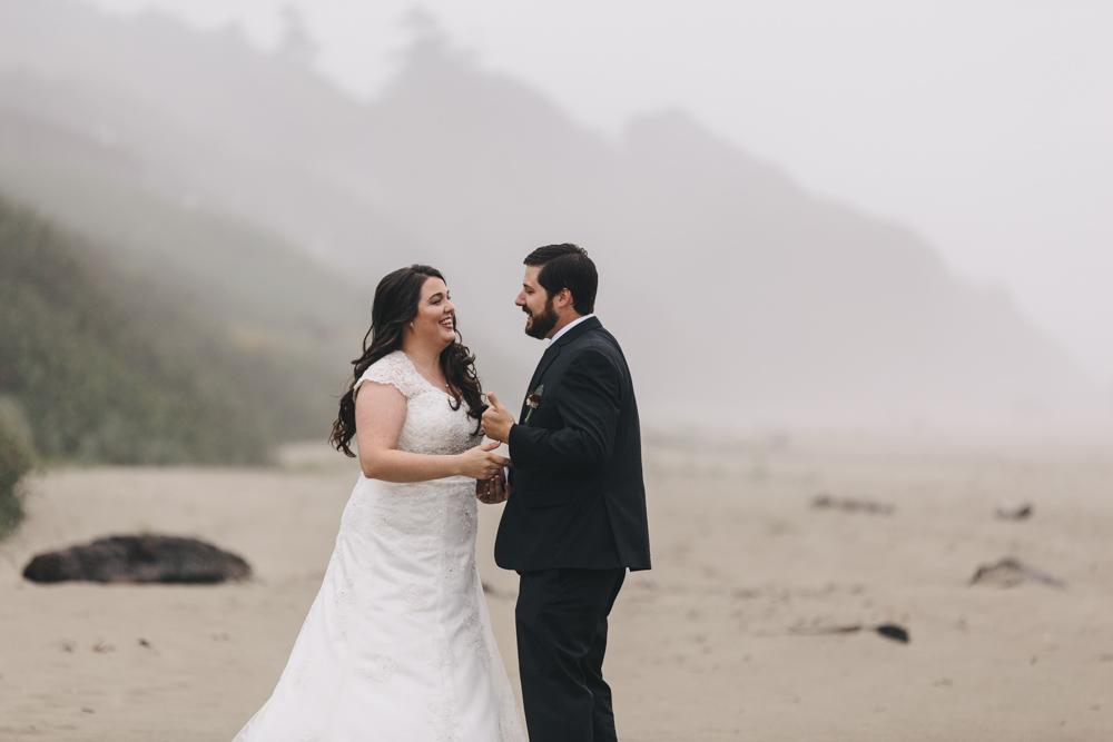 jess-hunter-photographer-cannon-beach-oregon-elopement-8141.jpg
