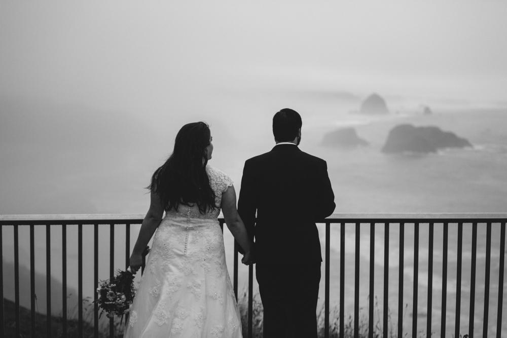 jess-hunter-photographer-cannon-beach-oregon-elopement-8239.jpg