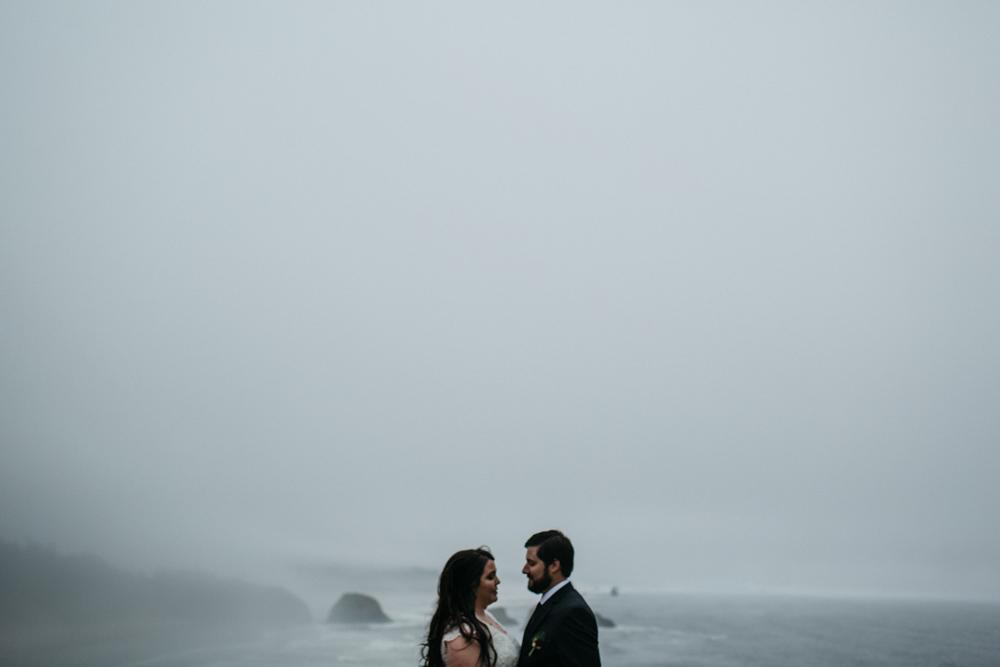jess-hunter-photographer-cannon-beach-oregon-elopement-8292.jpg