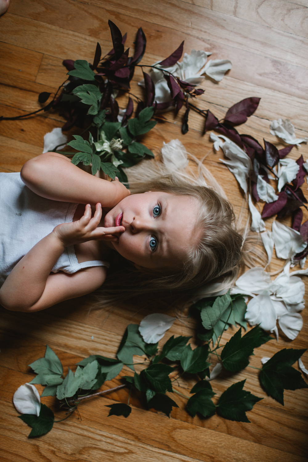 creative portraits by Jess Hunter, lifestyle photography, toddler painting, Seattle intimate wedding photographer
