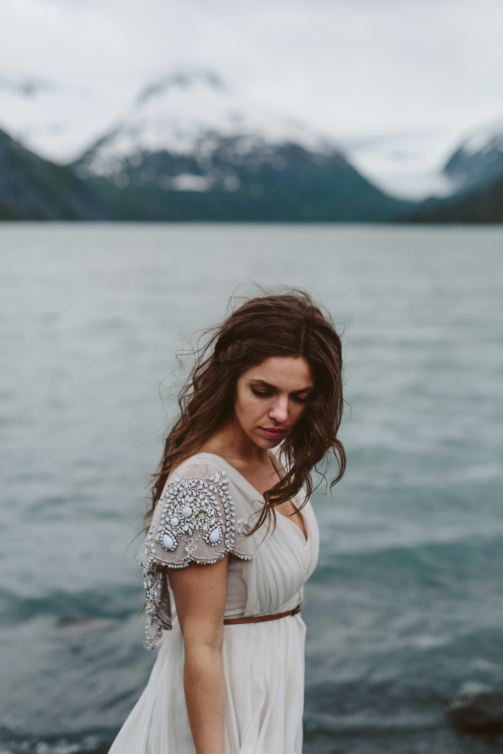 jess-hunter-photographer-alaska-destination-elopement-6025.jpg