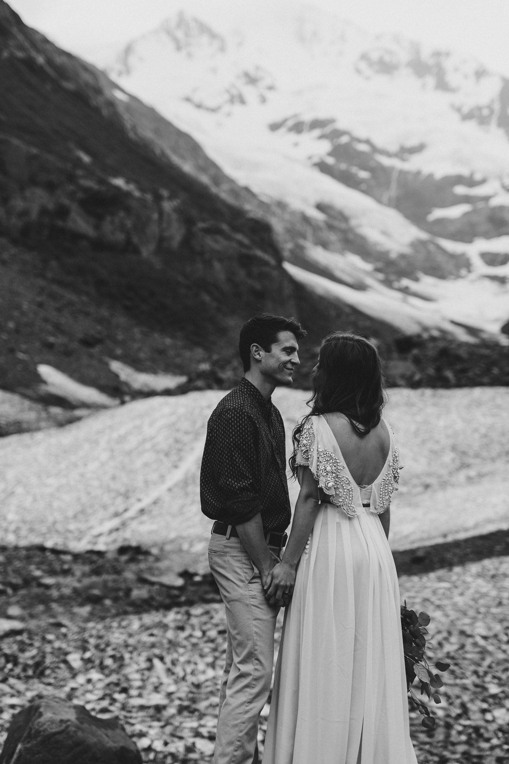 jess-hunter-photographer-alaska-destination-elopement-6413.jpg