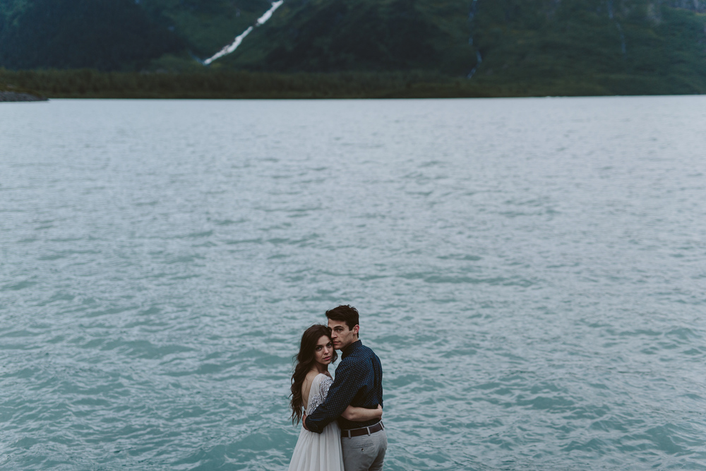 jess-hunter-photographer-alaska-destination-elopement-6487.jpg