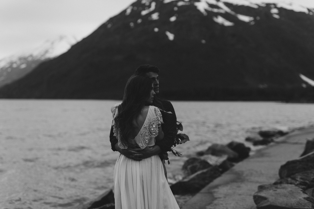 jess-hunter-photographer-alaska-destination-elopement-6523.jpg