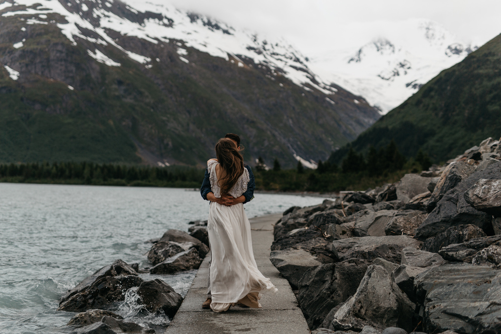 jess-hunter-photographer-alaska-destination-elopement-6517.jpg