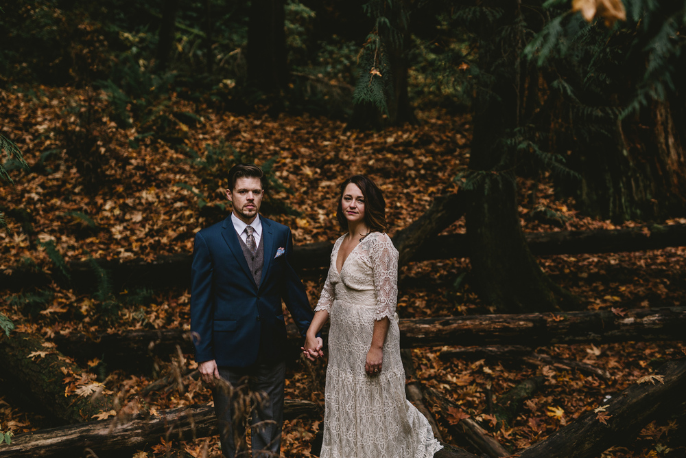 jess-hunter-woodland-elopement-pnw-0743.jpg
