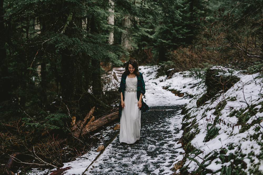 jess-hunter-seattle-mountain-forest-elopement-1818.jpg