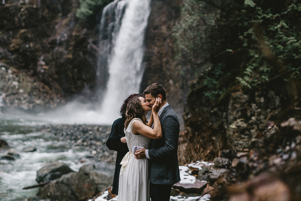 jess-hunter-seattle-mountain-forest-elopement-2034.jpg