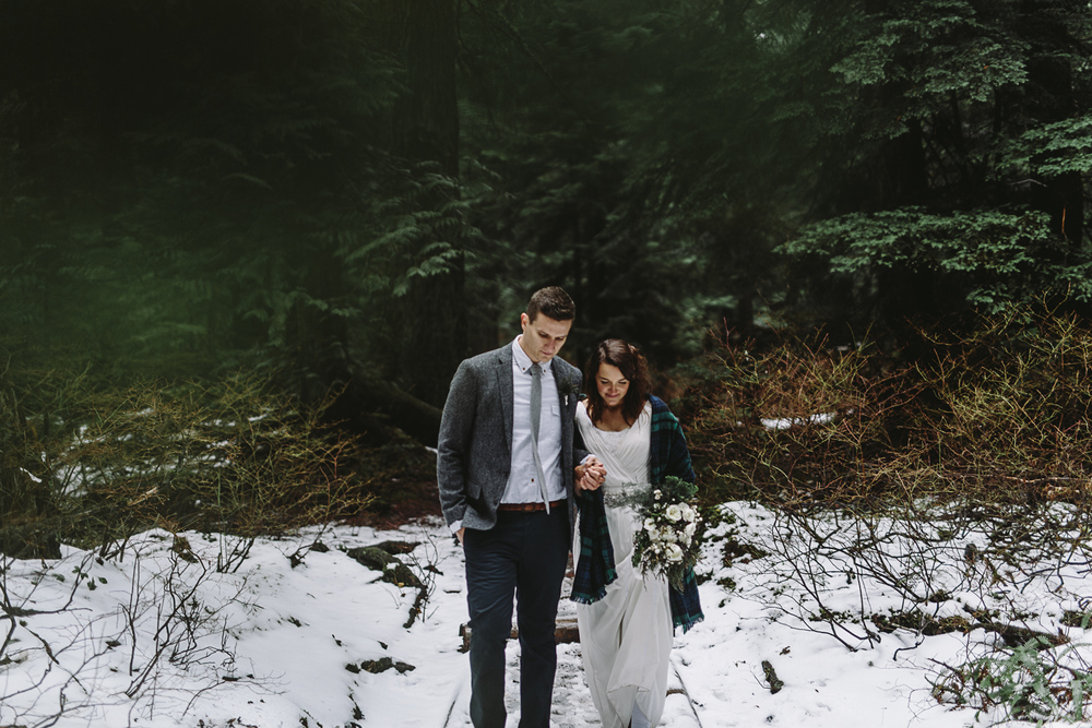 jess-hunter-seattle-mountain-forest-elopement-2356.jpg
