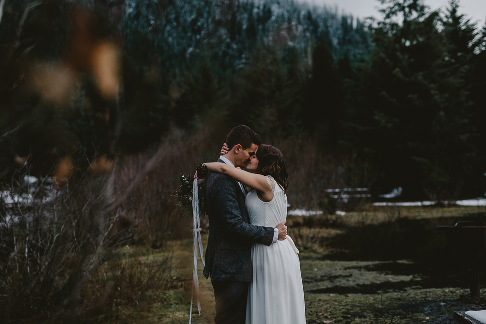 jess-hunter-seattle-mountain-forest-elopement-2459.jpg