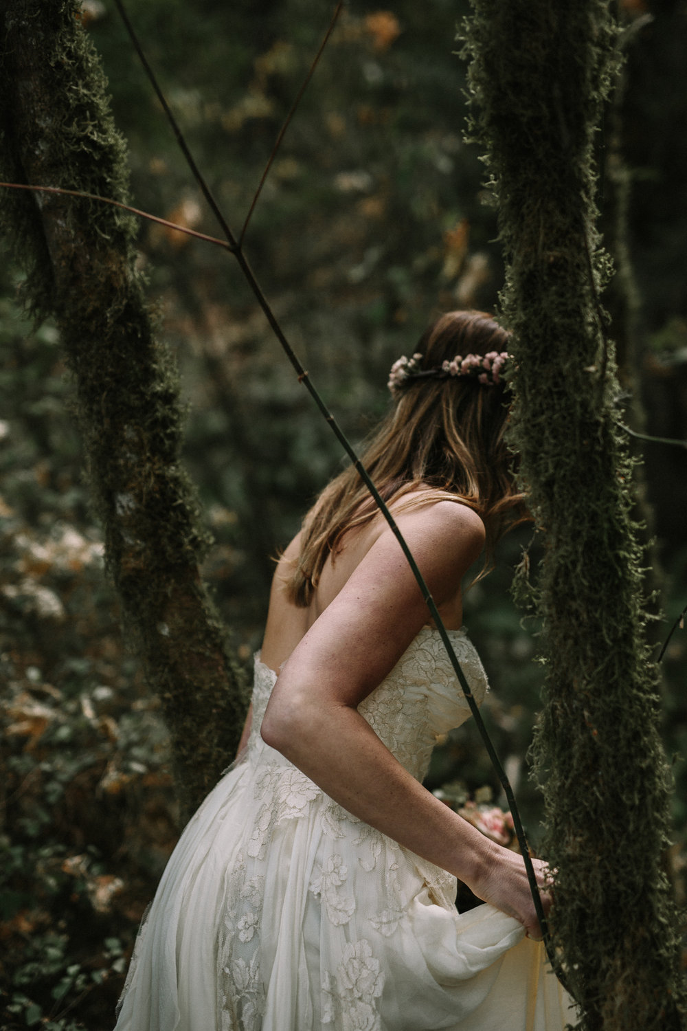 jess-hunter-columbia-gorge-oregon-elopement-photographer-0322.jpg