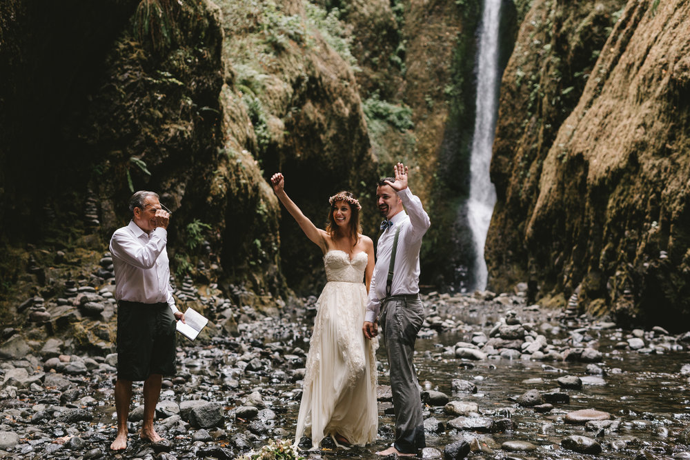 Oneonta Gorge, Oregon, Columbia River Gorge waterfall, adventurous Oregon elopement photographed by Jess Hunter, places to elope in Oregon,  Sarah Seven bride in Cascade gown, natural wedding in the Pacific Northwest, barefoot bride in the water