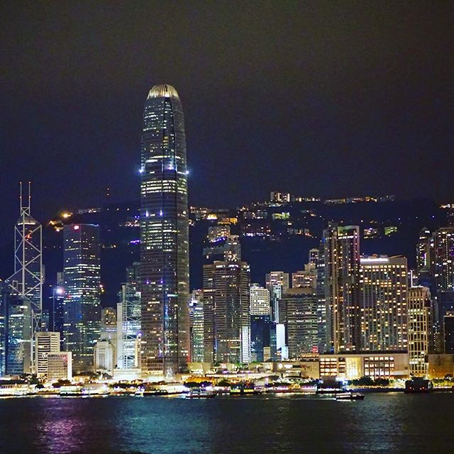 HONG KONG Skyline ❤️ I'm better in front of the camera than behind it, but I finally got the shot!!! The most beautiful skyline I've ever seen ❤️