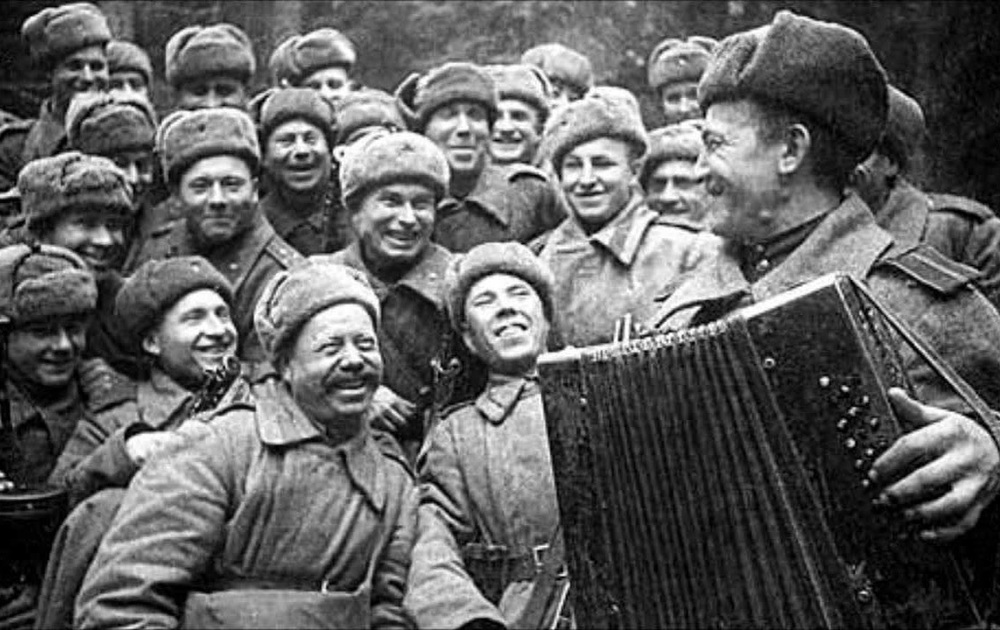 role of music in world war 2