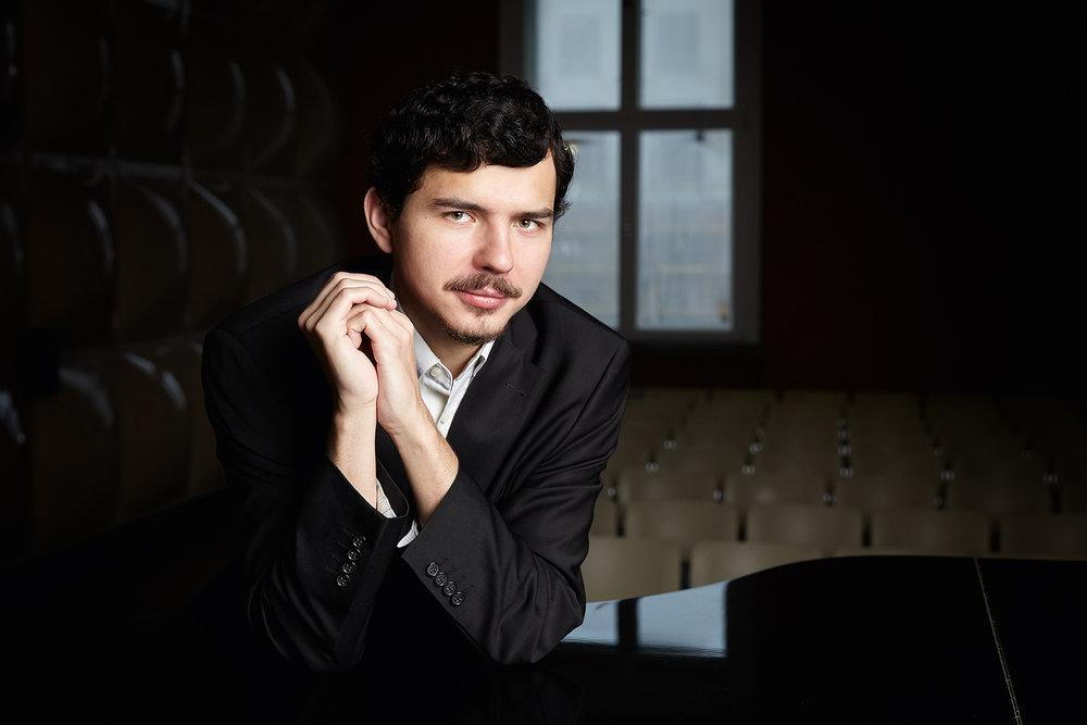 Vasily Gvozdetsky, piano