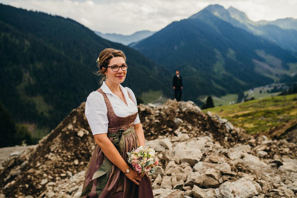 Hochzeitsreportage vogelsfotos destination Saalbach M&W-115.jpg