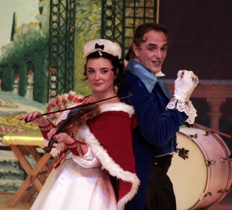 Franzi dans Rêve de Valse de Strauss