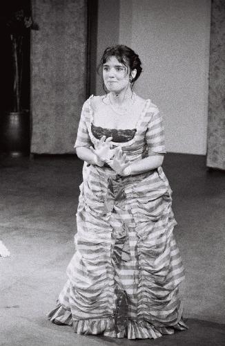 Henriette dans Edgar et sa Bonne de Labiche