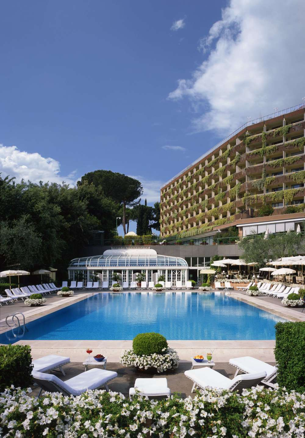 Rome Cavalieri Outdoor Pool.jpg