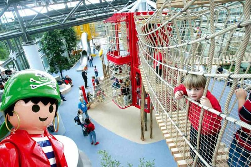 Playmobil Fun Park.jpg
