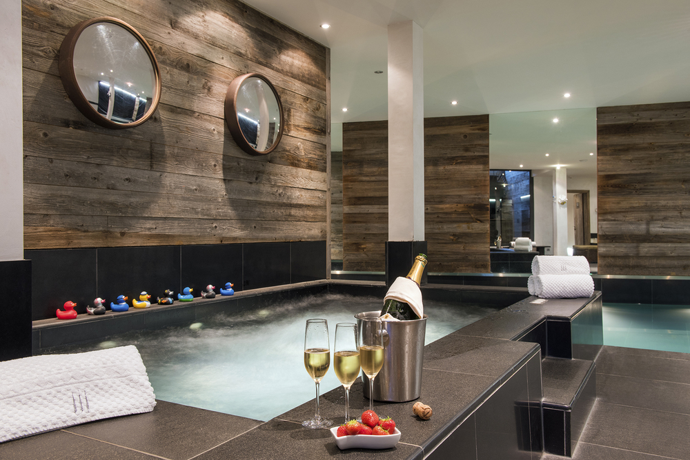 the-lodge-indoor-jacuzzi.jpg